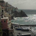 la vista dal Porticciolo verso Amalfi centro