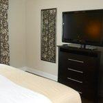 Dresser/TV/Bedroom.