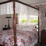 The Master Suite high four poster bed