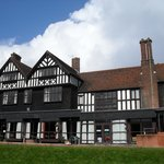 the royal court hotel KERESLEY.