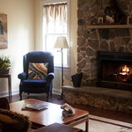 Photo de Hilltop Hideaway Bed and Breakfast