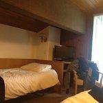Photo of Le Deserteur Hotel