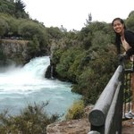 Huka falls end of walkway view.