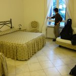 3-person bedroom