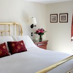 Newly renovated Balmoral king suite