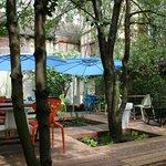 Notre terrasse située à l'arrière du restaurant pour les beaux jours