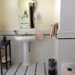 Tile bathroom -- Room 6465 (Deluxe King with Balcony)