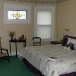 Avonlea room can have King or Twin Beds and has ensuite Bath
