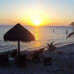 Sunset Villa Makax