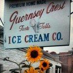 Foto van Guernsey Crest Ice Cream Company