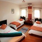 Ephesus Boomerang Guesthouse Triple Room