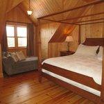 Bear model - master bedroom