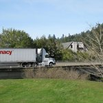 Big truck on freeway next to hotel - Benbow Inn, Garberville