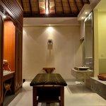 2013 picture bath room