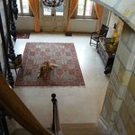 The hall (Lulu on the carpet)