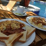 Morning breakfast on the pool deck!