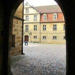 Eintritt in den Schlosshof