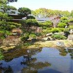 公園内にある日本庭園