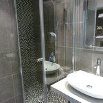 Die moderne Duschkabine