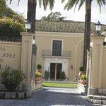 Entrada Principal al Hotel Villa Jerez