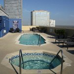Hot tub & pool on the roof of Magnolia hotel