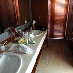 double sinks - plenty of space