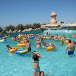 Didim Aquapark. Катание на искусственных волнах