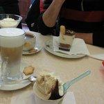 Ice Cream, Latte Macchiatto, Tiramisú & Hot Chocolate
