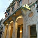 Fachada del Banco de España y ahora del Hotel Central