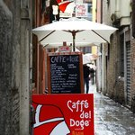 Caffe del Doge outside