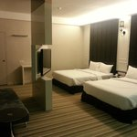 Family room (2 double bed), TV can rotate 360 degree