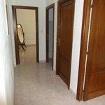 Couloir et portes impeccables