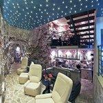 Cave Bar More