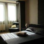 Студия-спальня с двуспальной кроватью
