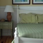 Three bedrooms all with queen bed