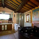 Il bagno della suite San Donato