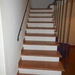 la scala che porta alla terza camera da letto