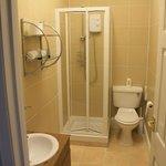 Ensuite Shower Room - room 8