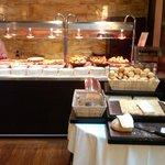 Zona Plancha, desayuno inglés y pan/bollería