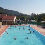 piscine de plein air chauffée du camping*** des lacs