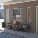 Shoshone, charming motel