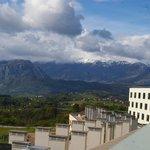 Vista desde habitación alta con vista a la trasera del hotel (recomendada)