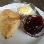 The very filling cream tea!!