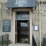 Links Bar Entrance