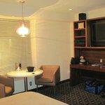Atrium room 508