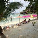 La plage privé de l'hotel