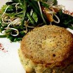 Roquefort souffle with citric Asian salad/ souffle au roquefort et poudre d'amandes/ souffle de