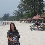 latar belakang Bintan Lagoon Hotel