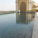 Infinite Pool At The Leela Palace New Delhi