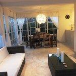 Blick von Wohnzimmer zu Esszimmer